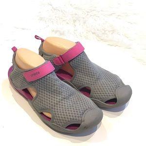 Crocs Women's Sandal Water Shoe Size 10